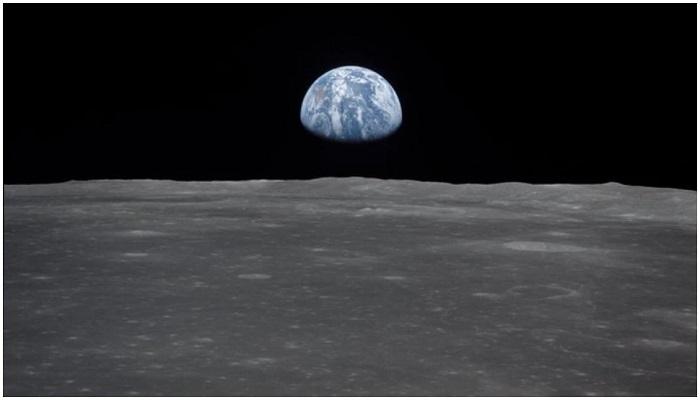 earth beautifull pictur सोशल मीडिया पर वायरल हो रही पृथ्वी की 1969 में खींची गई खूबसूरत तस्वीर