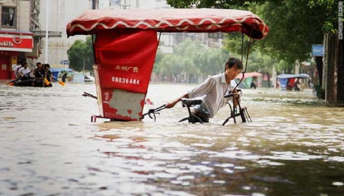 flood 1 मध्य प्रदेश: बाढ़ की चपेट में कई गांव, अबतक 300 लोग भेजे गए राहत कैंप
