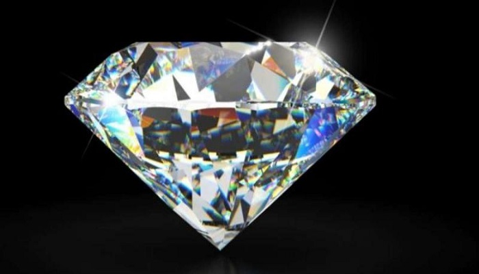 मजदूरों की खुली किस्मत, खुदाई के दौरान मिला 10 कैरेट 69 सेंट का हीरा
