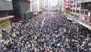 hong kong 1 हॉगकॉग के लोगों पर चीन ने किया हमला दिखाई दरिंदगी..