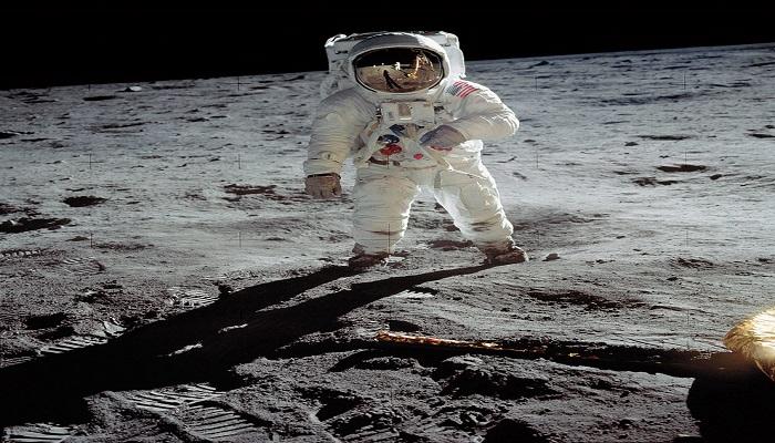 जानें क्या हुआ था जब आज के दिन चांद पर इंसान ने पहली बार रखा था कदम? खुला रहस्य