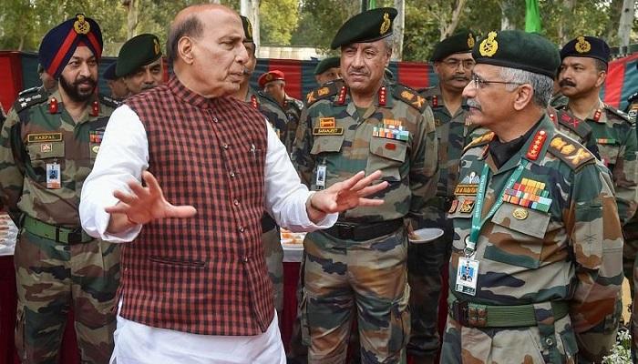 rajnath singh लद्दाख सीमा पर चल रहे तनाव को लेकर जायजा लेने शुक्रवार को जाएंगे रक्षा मंत्री राजनाथ सिंह