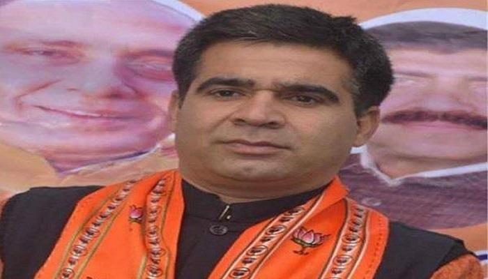 बॉलीवुड के बाद बीजेपी में हुई कोरोना की एंट्री, जम्मू कश्मीर के प्रमुख रविंद्र रैना को हुआ कोरोना..