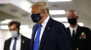 tump 1 कोरोना में मास्क पहनने का आदेश देने से क्यों डर रहे डोनाल्ड ट्रंप?
