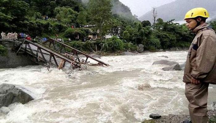 uttrakhand 4 उत्तराखंड के पिथौरागढ़ में बादल फटने से 3 लोगों की मौत, 9 लापता