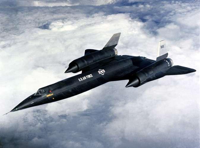 1200px A12 flying रूस का दावा अमेरिकी खुफिया विमानों को रडार ने किया ट्रैक