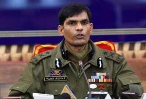 IGP Kashmir Vijay Kumar पुलिस कांस्टेबल से अल बदर काकमांडर बना आतंकी मारा गया