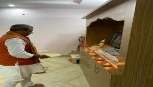 bharala 3 राज्यमंत्री श्रम कल्याण परिषद के अध्यक्ष सुनील भराला ने राम जन्म भूमि पूजन के अवसर पर मनाया दीपोत्सव..