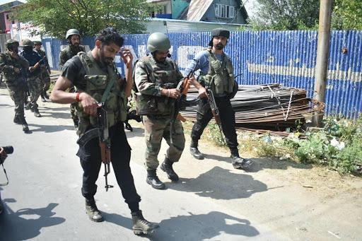 जम्मू कश्मीर में आपरेशन ऑल आउट जारी, दोबारा फायरिंग शुरू