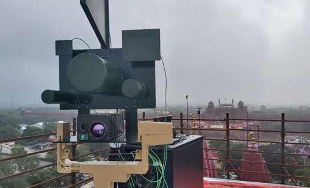 पीएम मोदी की सुरक्षा में लाल किले पर तैनात था ये खास हथियार