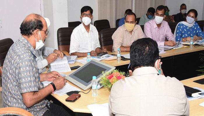 subodh 1 कृषि मंत्री श्री सुबोध उनियाल ने सचिवालय में कृषि विभागों की समीक्षा की..