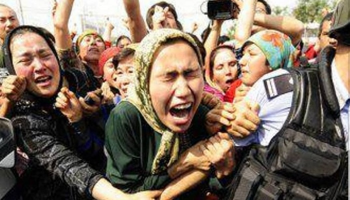 uiger 1 चीन में मस्जिदें तोड़कर क्यों बनाई जा रही टॉयलेट..