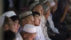 uiger 2 चीन में मस्जिदें तोड़कर क्यों बनाई जा रही टॉयलेट..