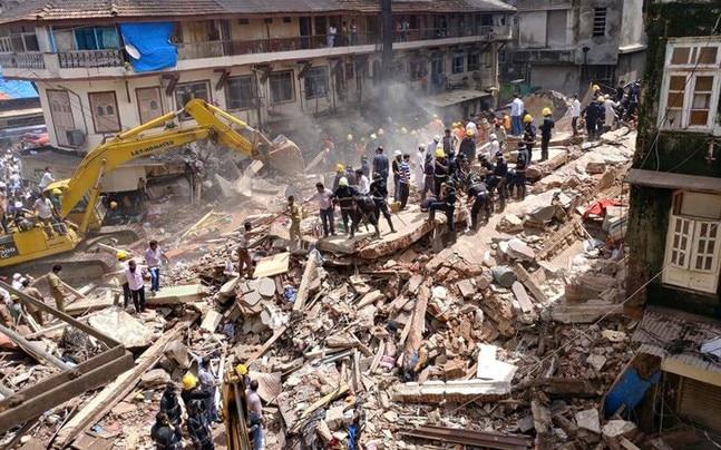 भिवंडी में तीन मंजिला इमारत गिरने से 10 लोगों की मौत