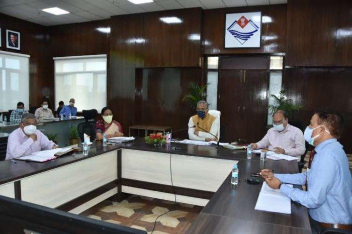 सीएम त्रिवेंद्र सिंह रावत ने की भर्ती प्रकिय्राओं की समीक्षा