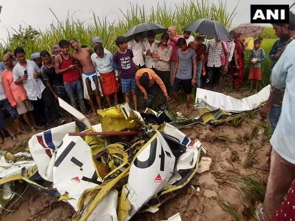 यूपी के आजमगढ़ में एयरक्राफ्ट TB-20 क्रैश, पायलट की मौत