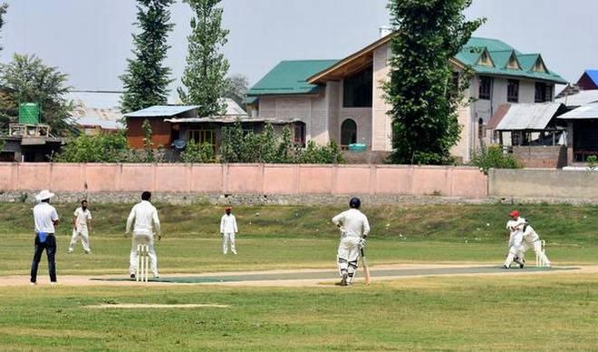 cricket आतंकी भाई की याद में कराया क्रिकेट टूर्नामेंट, दस पकड़े