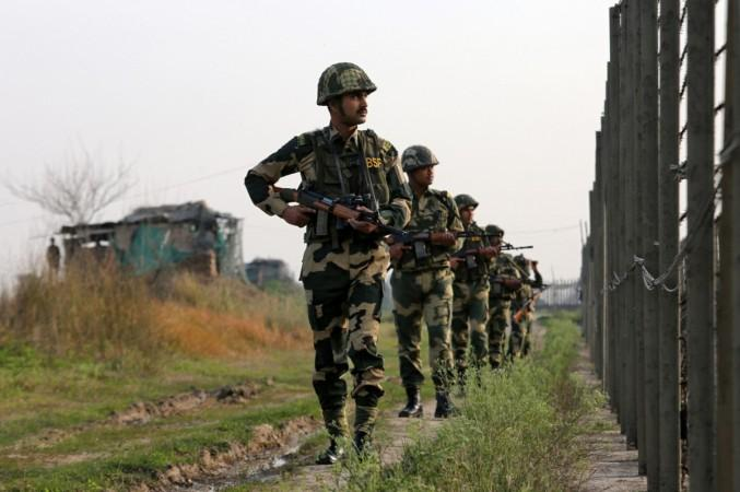 लद्दाख सीमा पर भारत और चीन के बीच हुई फायरिंग