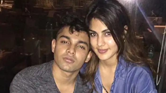 नारकोटिक्स ब्यूरो ने रिया चक्रवर्ती के भाई को किया गिरफ्तार