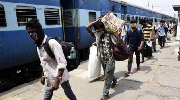 रेलवे ने शुरू की यात्रियों के लिए एक नई सुविधा, कन्फर्म टिकट पर बदल सकते हैं पैंसेजर का नाम