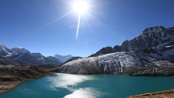 हिमालय की बर्फ पिघलने से वैज्ञानिकों ने जताई भारी खतरे की आशंका