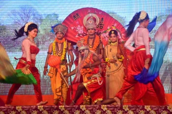 Photos Gallery : अयोध्या की रामलीला, रामलीला में कलाकारों ने बांधा समा, किया मंत्र मुग्ध