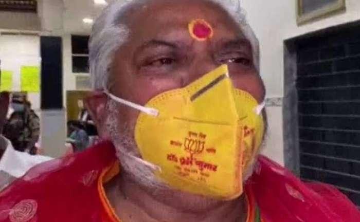 पहले चरण की वोटिंग शुरू, इस नए अंदाज में पहुंचे प्रेम कुमार, तेजस्वी यादव ने ट्वीट कर विपक्ष पर साधा निशाना