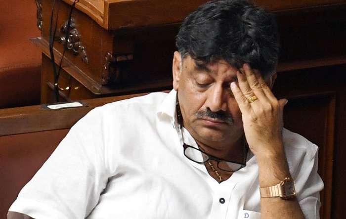 कांग्रेस नेता डी. के. शिवकुमार पर CBI की रेड, कांग्रेस ने किया पलटवार