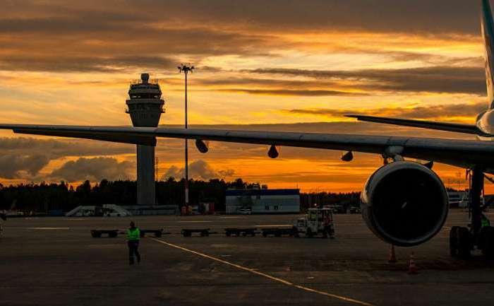 तकनीकी खराबी आने के बाद यात्री विमान ने की सेंट पीटर्सबर्ग में लैंडिंग: रूसी मीडिया