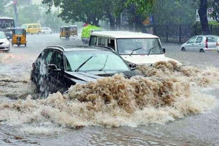 Hyderabad Rain : बारिश के कहर से जलमग्न हुए शहर, 11 लोगों की दर्दनाक मौत