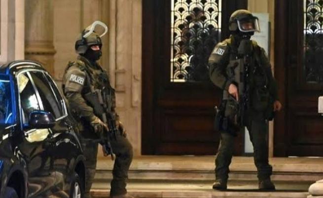 फ्रांस में विवादित टिप्पणी के बाद से बढ़े आतंकी हमले, ऑस्ट्रिया के गृह मंत्री ने बोले- इस्लामिक आतंकवाद का अनुभव