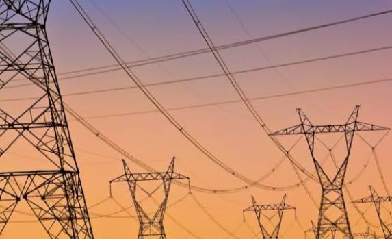 बिजली उपभोगक्ताओं को मिली बड़ी राहत, UPPCL के प्रस्ताव को बिजली नियामक आयोग ने किया खारिज
