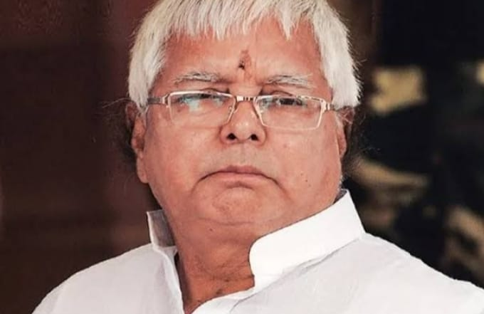 27d5578f 7a94 4925 babe 88ca42790afe बिहार की राजनीति में लालू यादव के वायरल ऑडियो से बढ़ी हलचल, सुशील मोदी ने विधायक तोड़ने का लगाया आरोप