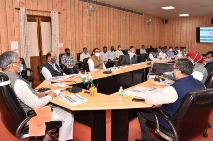 मुख्यमंत्री ने सुझाव के लिए भरसार विवि और जीबी पंत विवि के कुलपतियों की एक समिति बनाने के दिए निर्देश