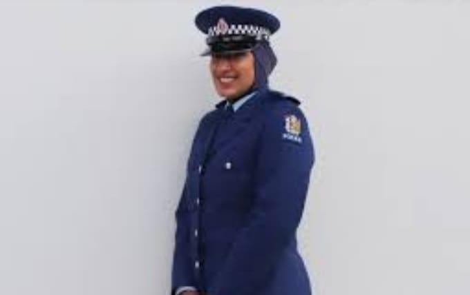 न्यूजीलैंड में महिला पुलिस भर्ती कवायद शुरू, अब हिजाब बना यूनिफॉर्म का हिस्सा