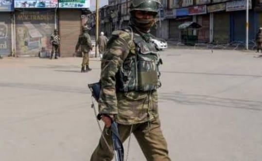 दिवाली से पहले पाकिस्तान ने सीमा पर किया सीजफायर का उल्लंघन, बिगड़ते जा रहे हालात