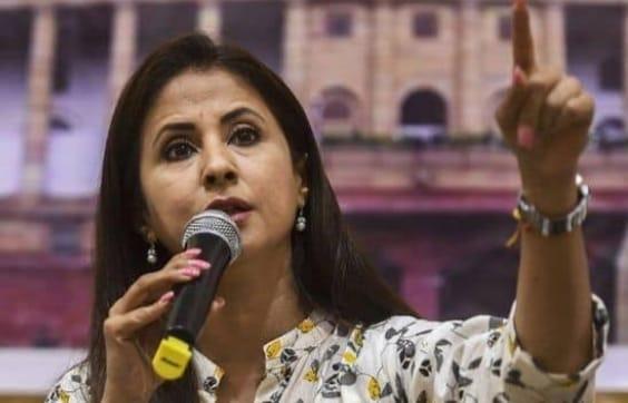 88f974c0 ed54 4706 914f c5447c36fbae उर्मिला मातोंडकर की शिवसेना में शामिल होने की खबरें तेज, अभिनेत्री को विधानसभा परिषद भेजना चाहती है पार्टी