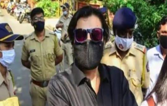 लोकतंत्र के चौथे स्तंभ पर मंडरा रहा खतरा, इस मामले में अर्नब गोस्वामी हुए गिरफ्तार