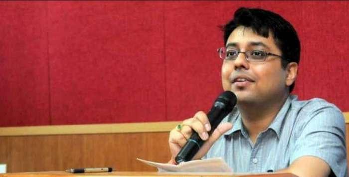 डीएम अल्मोड़ा नितिन भदौरिया ने बढ़ाया उत्तराखंड का मान, सरकारी स्कूलों की बदली कायाकल्प