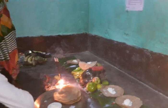 बिहार के लोक आस्था का महापर्व छठ पर्व की शुरुआत कल रात खरना के साथ ही शुरू हो हो गया