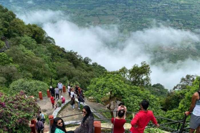 माउंट आबू में ठंड की बयार लाई खुशियों की सौगात, पर्यटकों से घिरा हिल स्टेशन