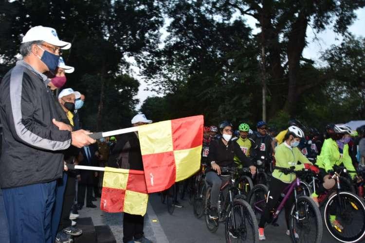 Uttarakhand CM flag off the mountain biking rally
