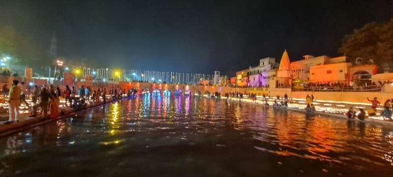 WhatsApp Image 2020 11 13 at 8.50.48 PM 1 Gallery: 5.84 लाख दीयो से जगमगाया अयोध्या