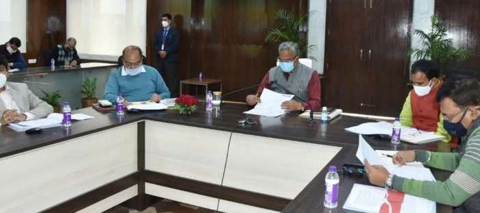 उच्च शिक्षा के क्षेत्र में रिसर्च पर हो विशेष ध्यान- सीएम त्रिवेंद्र सिंह रावत