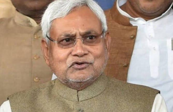 बिहार: नीतीश कुमार को फिर मिला सत्ता का सुख, जानें विपक्ष कितने पर सिमटा