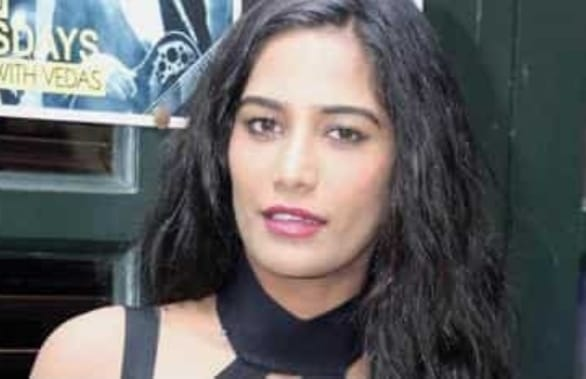 अभिनेत्री पूनम पांडे ने करवाचौथ पर पति को दी शुभकामनांए फिर पुलिस ने किया गिरफ्तार, जानें क्या है पूरा मामला