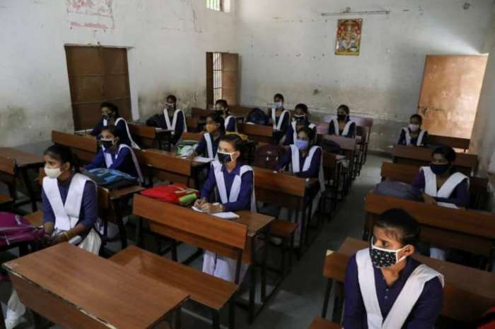 मुंबई में अभी नहीं खुल रहे स्कूल, BMC ने जारी किये आदेश