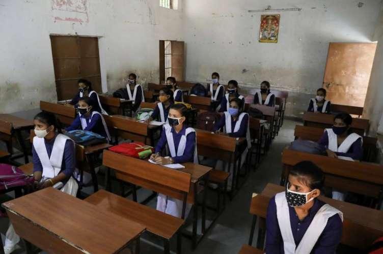 file mumbai मुंबई में अभी नहीं खुल रहे स्कूल, BMC ने जारी किये आदेश