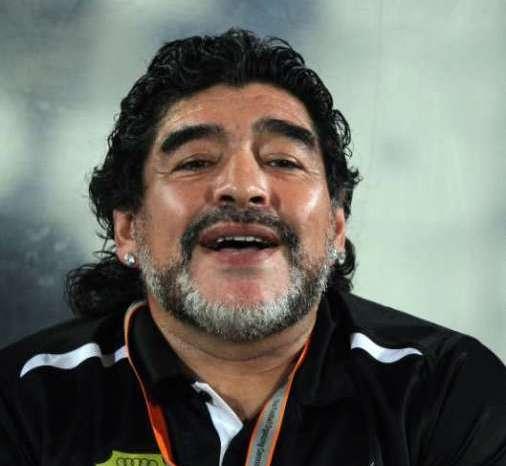 अलविदा! महान फुटबॉलर डिएगो माराडोना, भारत के दिग्गजों ने भी दी श्रद्धांजलि