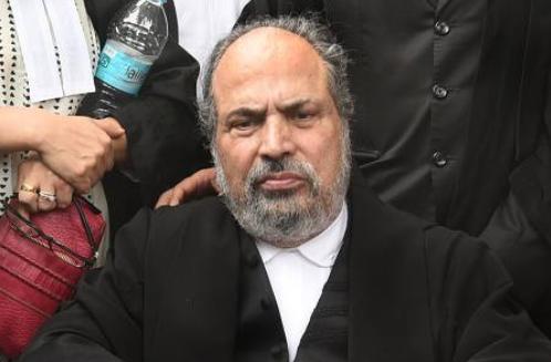 महबूबा मुफ्ती की पार्टी को झटका, संस्थापक सदस्य मुजफ्फर हुसैन बेग ने छोड़ी पार्टी